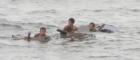 Tàu AULAC DIAMOND cứu sống 4 Thuyền viên người INDONESIA bị nạn trên biển